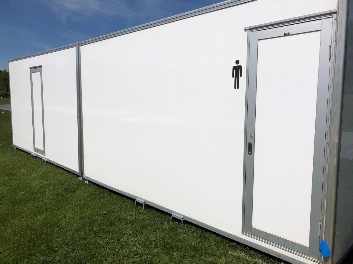 Chatsworth Vacuum POD Trailers Luxury Toilets Hire Service