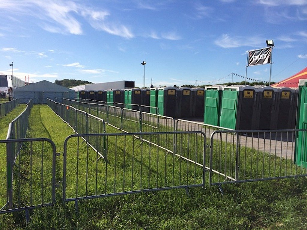 2014 Concert Festivals Gig Toilets Trailers WC Rental and Hire