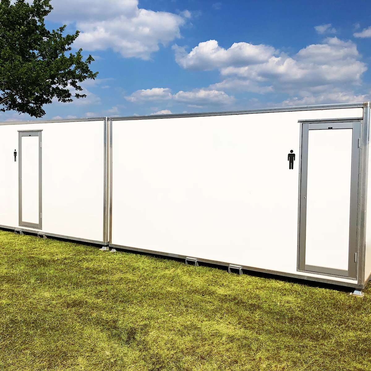 Male 2 + 7 VACPOD 13 Bay Urinal VACPOD Festivals Concerts Exclusive VIP Toilets Rental Delivery Onsite Service